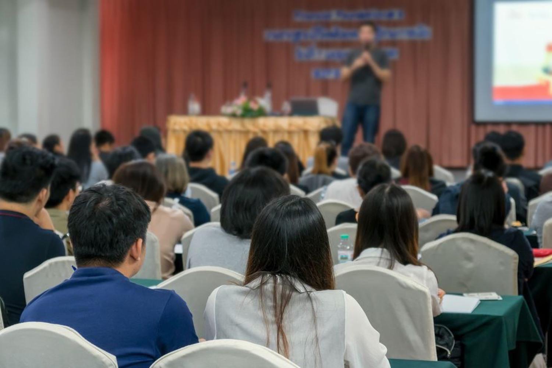 Featured Image - HOA Meeting